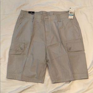 NWT Nautica Mens Classic Fit Rip Stop Cargo Shorts